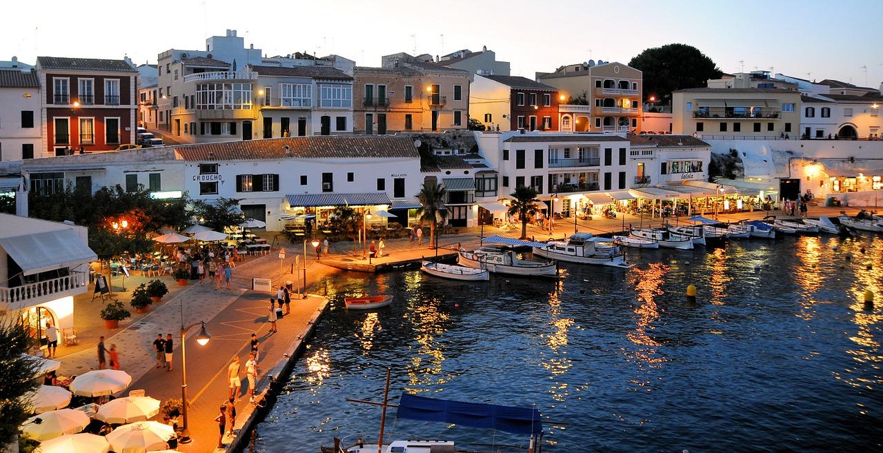 10 lugares que debes visitar si viajas a Menorca